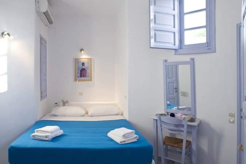single or double bedroom santorini