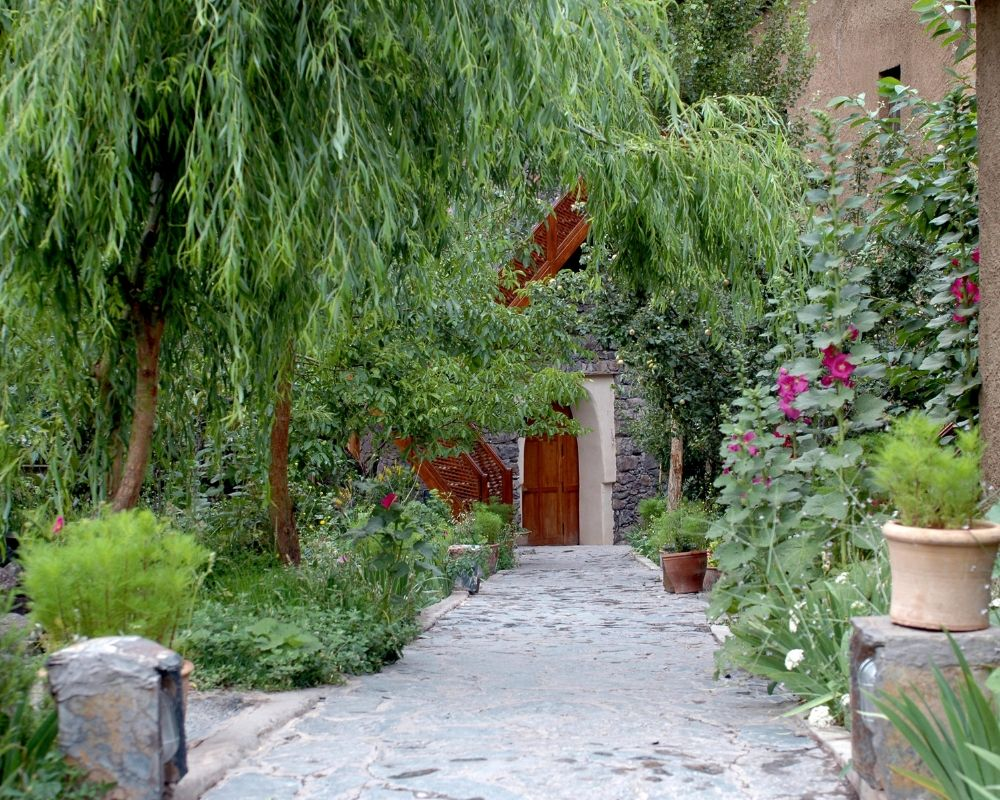 garden with path and moroccon style door
