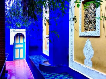 blue and yellow walls Ives-Saint Laurent Garden Marrakech